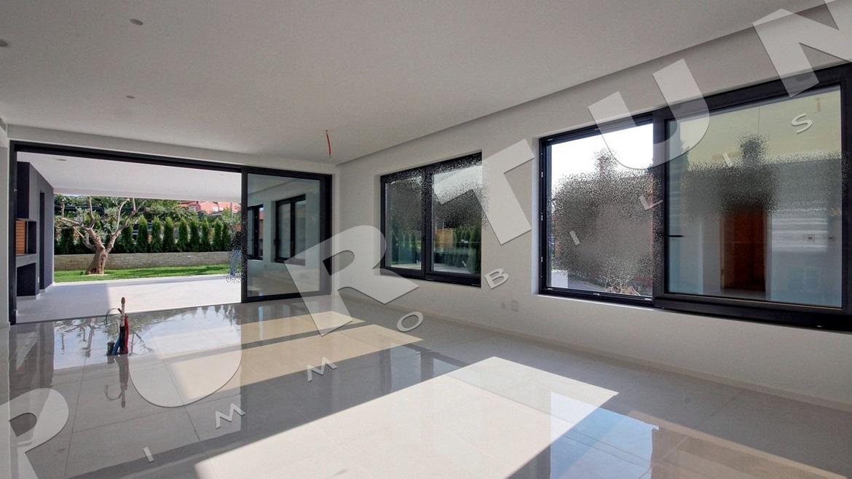 designer 4 zimmer wohnung mit privatem pool in rovinj. Black Bedroom Furniture Sets. Home Design Ideas