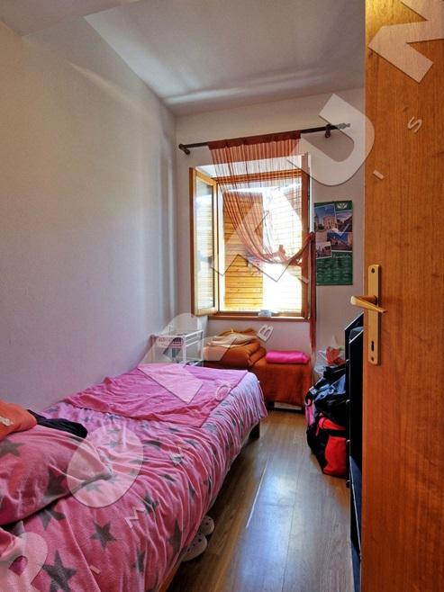 4 zimmer apartment mit ausblick auf die alten d cher im zentrum rovinj. Black Bedroom Furniture Sets. Home Design Ideas